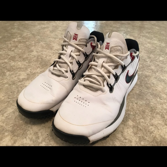 Other - Tiger Woods Nike golf shoes size 10